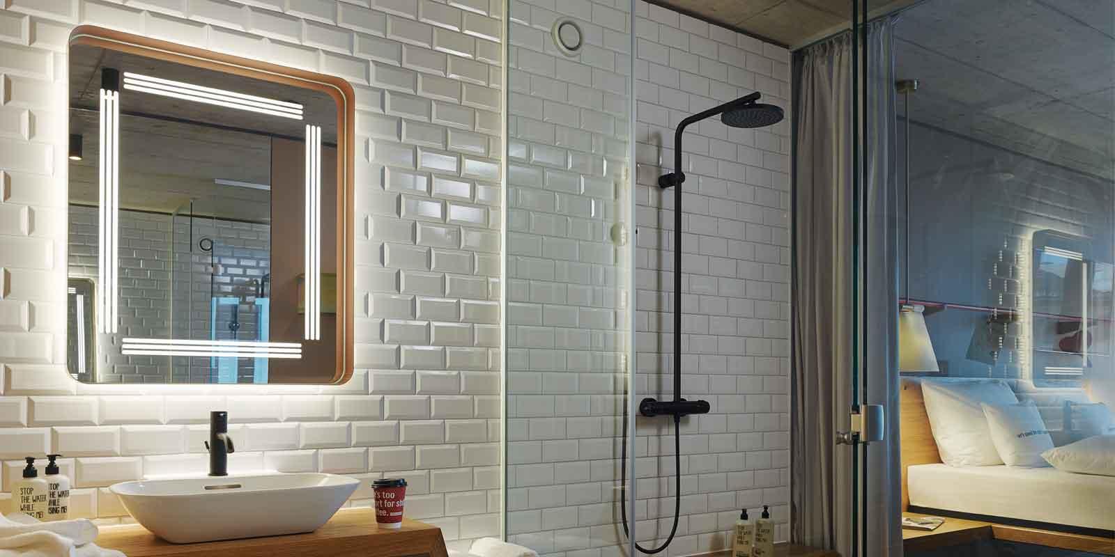 interior-lighting-and-mirrors-25h-zurich-langstrasse